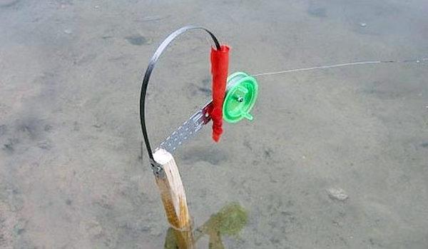 как рыбачить на жерлицы летом