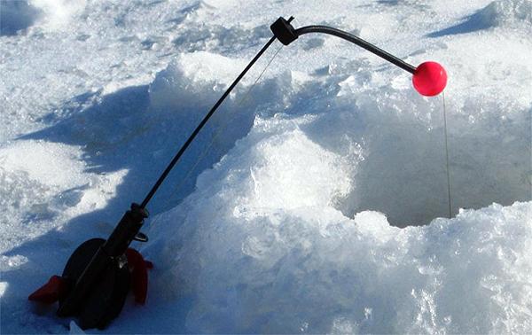 Ловля зимой на удочку с кивком
